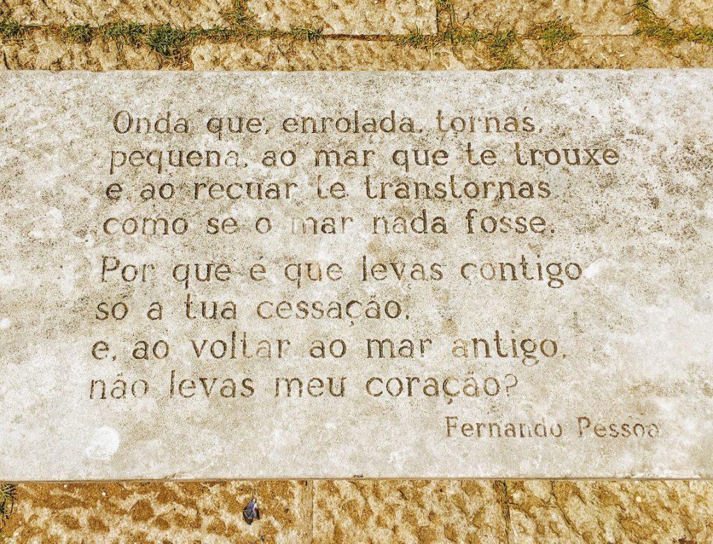 Poesia di Pessoa vicina Torre de Belem
