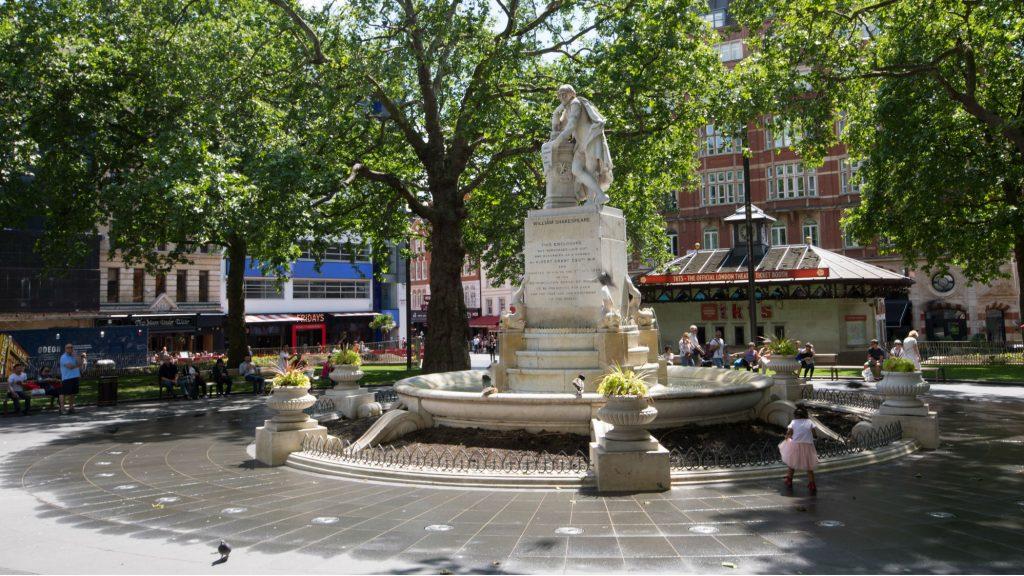 statua londra