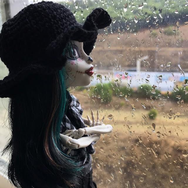 Crackita alla finestra