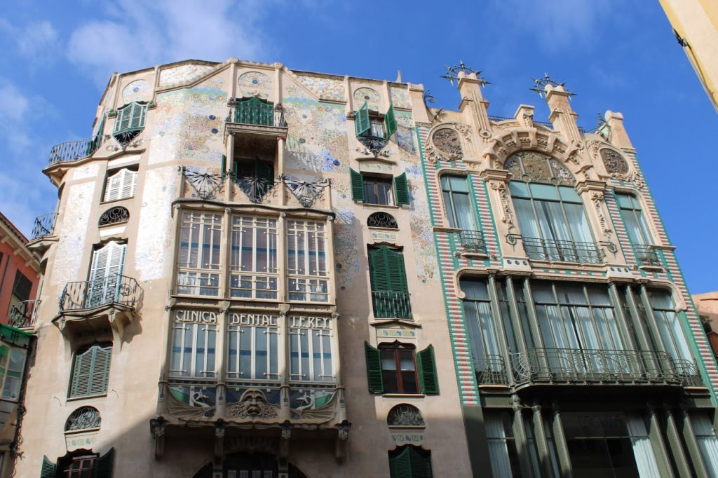architettura modernista a Palma