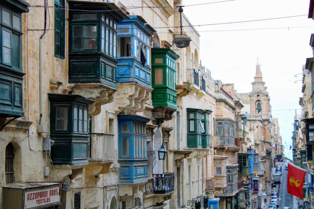 Valletta Malta - Gardjoli - i balconi colorati, tipici dell'architettura maltese
