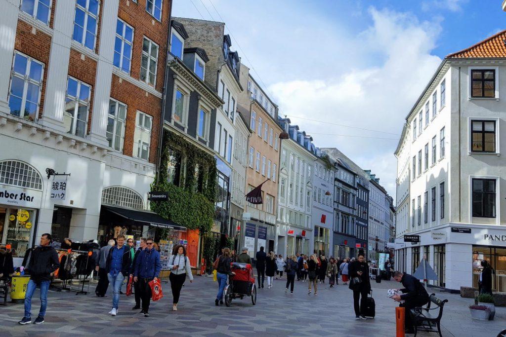 Shopping a copenaghen Copenaghen Stroget
