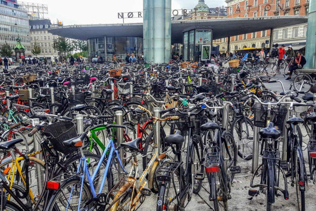 Cosa vedere a Copenaghen Norrenport stazione per le biciclette