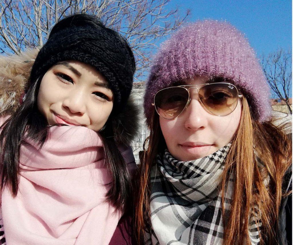 Giulia e amica a Sofia