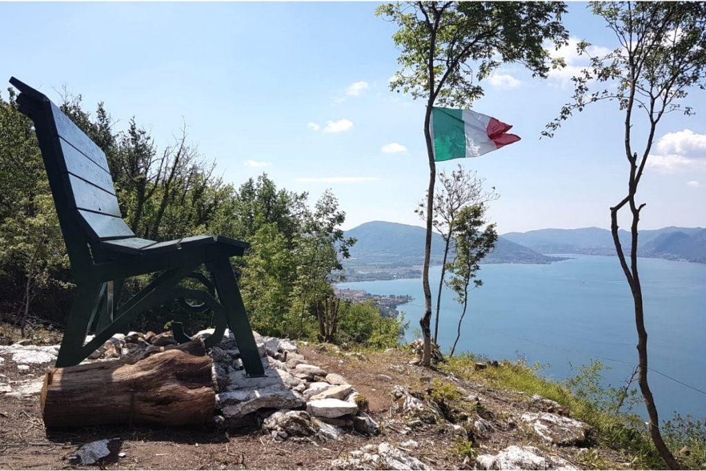 Big Bench per campeggi aperti tutto l'anno sul lago d'iseo
