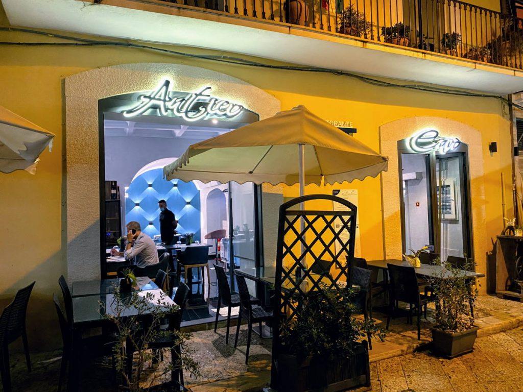 esterno ristorante L'Antico Cavò Bari