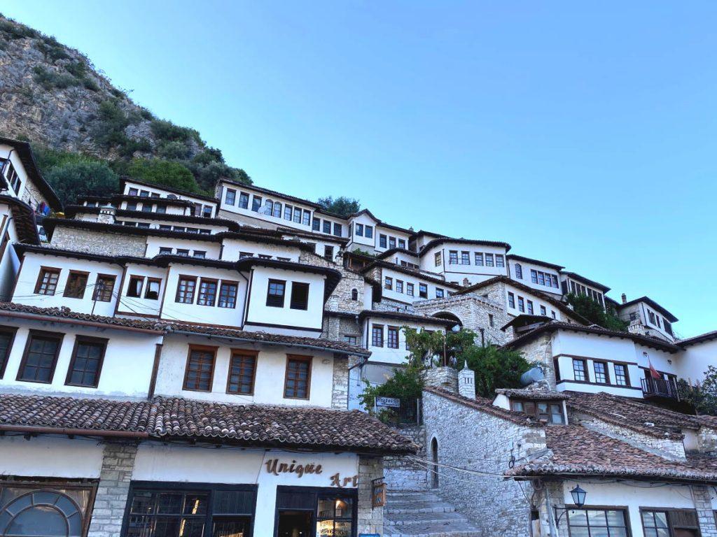 Mangalem Coda vedere a Berat