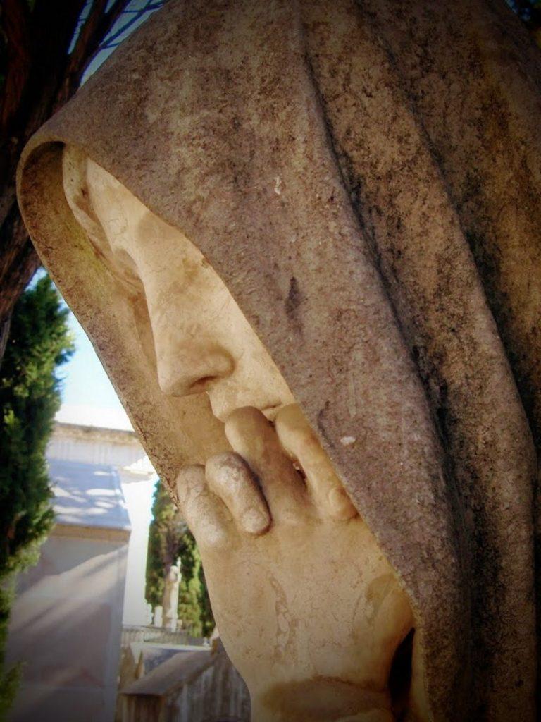 statua cimitero