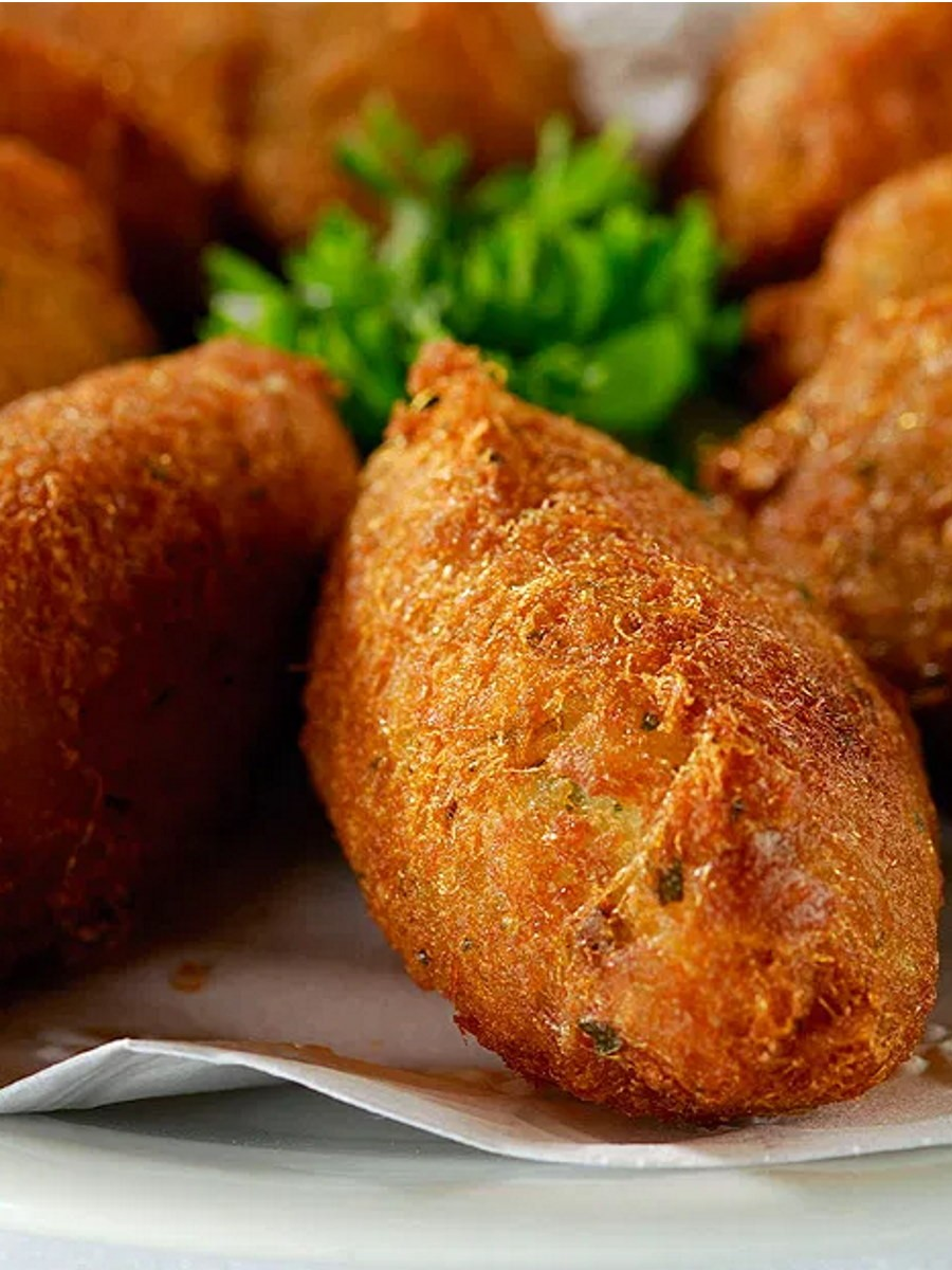 Pasteis de bacalhau ricetta portoghese