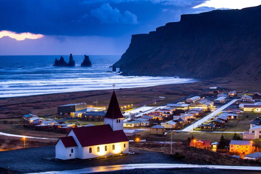 Natale in Islanda la città vista dall'alto