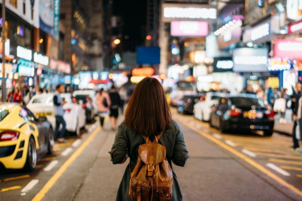 errori da non fare quando viaggi da sola - arrivare di notte